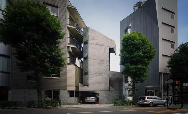 """20平米的清水混凝土住宅是东京都历史保护建筑,它就是52年前建造的""""塔之家"""""""