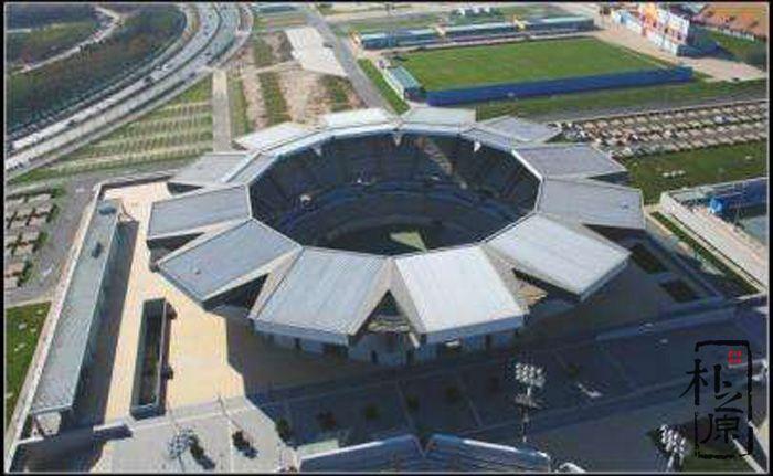 清水混凝土结构:北京奥林匹克网球中心