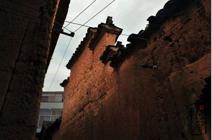 夯土墙建筑的亲水防水之道
