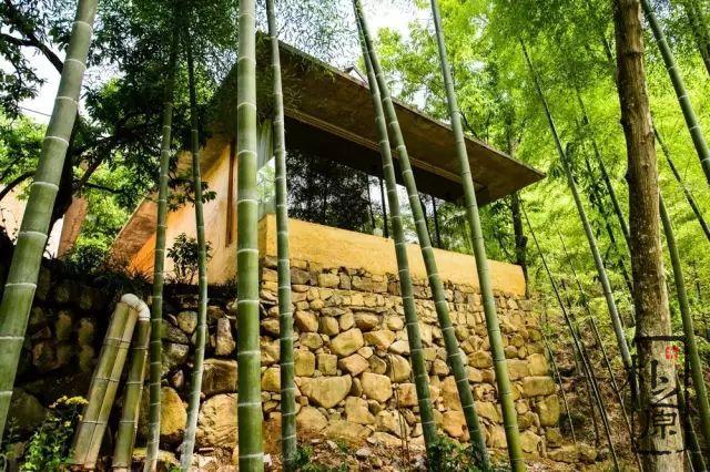 建造一栋现代夯土墙建筑的价值和意义