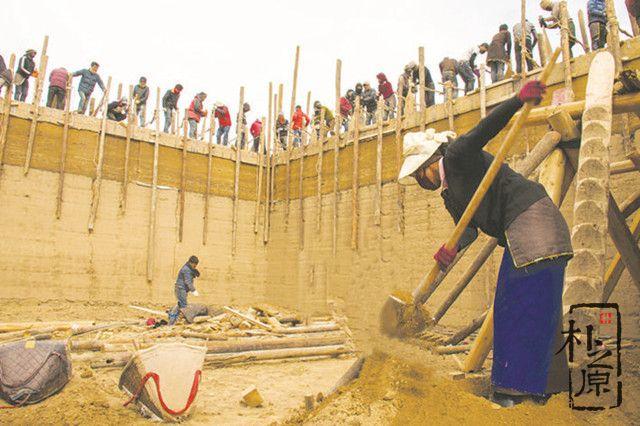 夯土墙建造前的备料工作怎样进行?