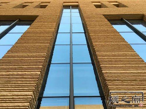 为什么现代新型夯土墙挂板优点多多?