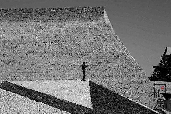 现代夯土墙又美又环保又耐用,何乐而不为!